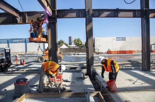 Trabajos de construcción en 1550 Evans
