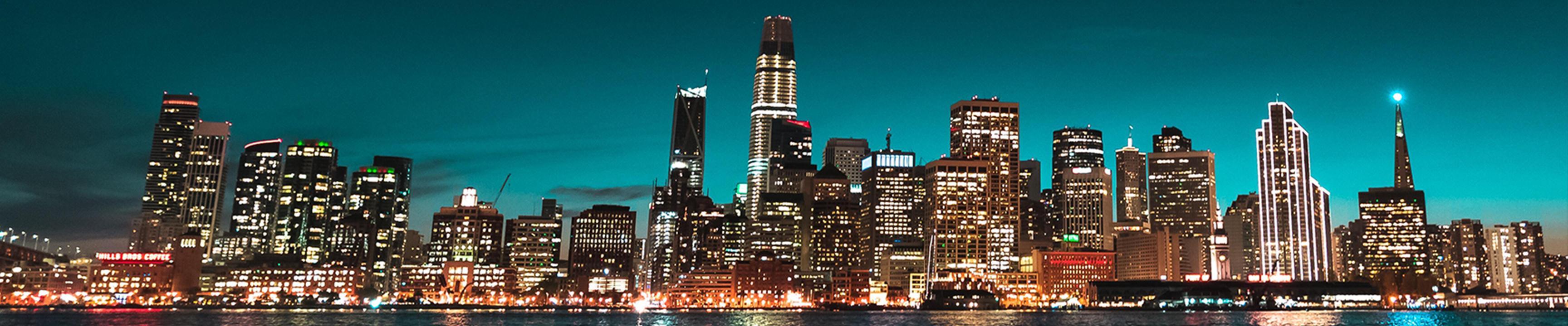 Horizonte de San Francisco en la noche