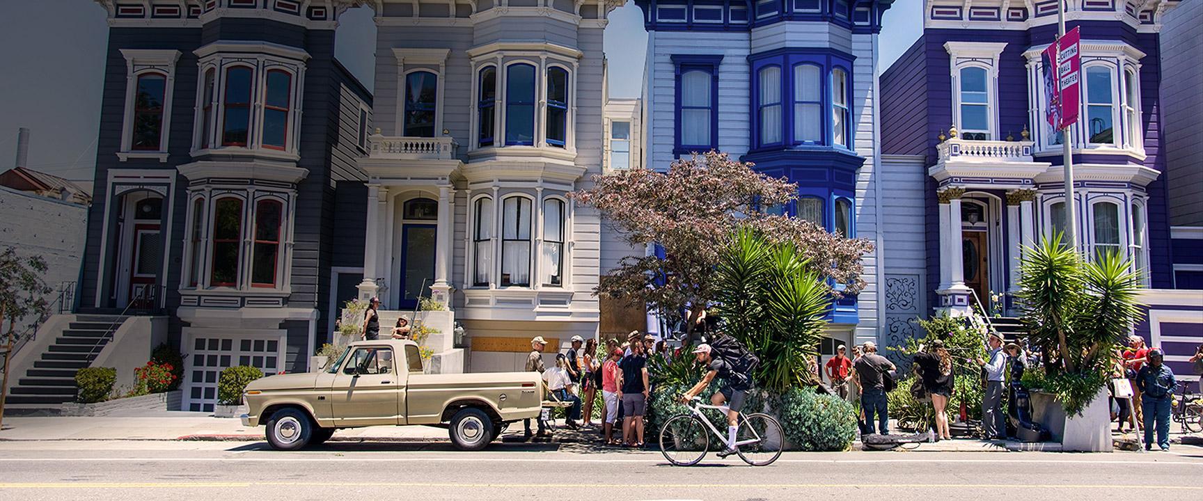 Khu phố San Francisco tụ tập với nhạc sống
